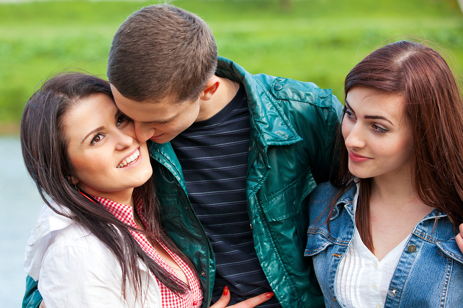 difference between polyamory and open relationships dating